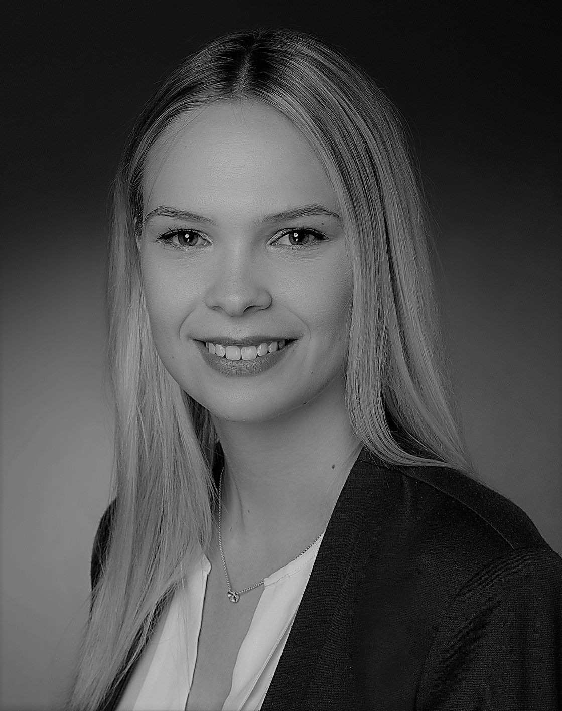 Christina Holzapfel